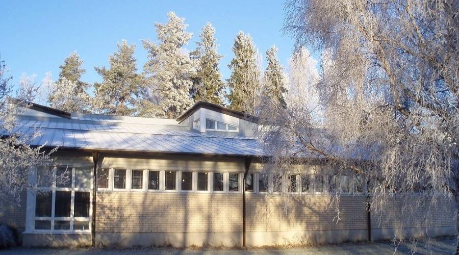 kirjasto talvi 900x500