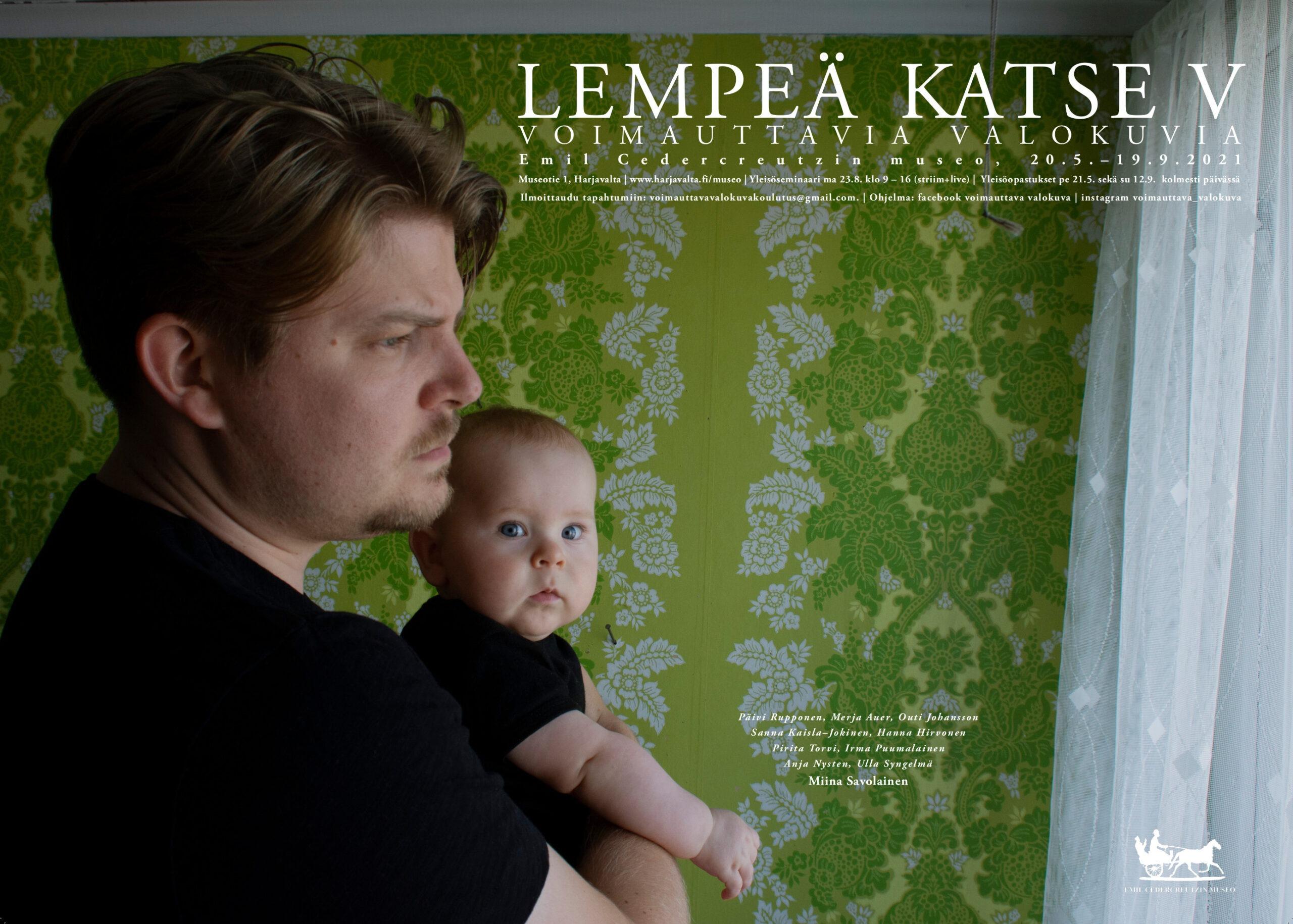 Lempeä Katse V -näyttelyn juliste.