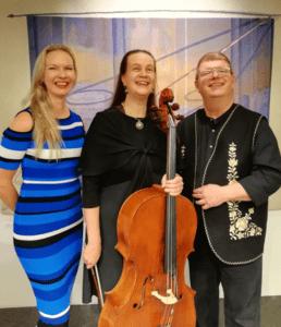 Kuvassa selloduo Anna-Maaria ja Olli Varonen sekä pianisti Virva Garam